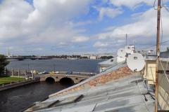 Антенны на крыше Санкт Петербурга